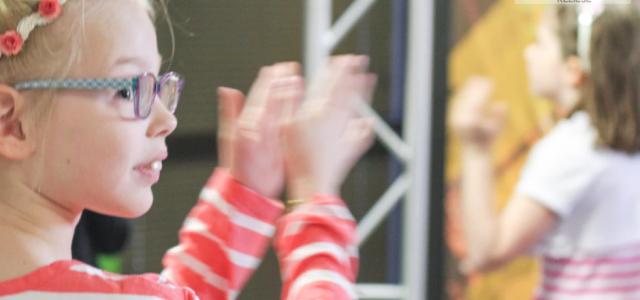 Dlaczego warto zapisać dziecko na zajęcia pozalekcyjne do szkoły tańca?