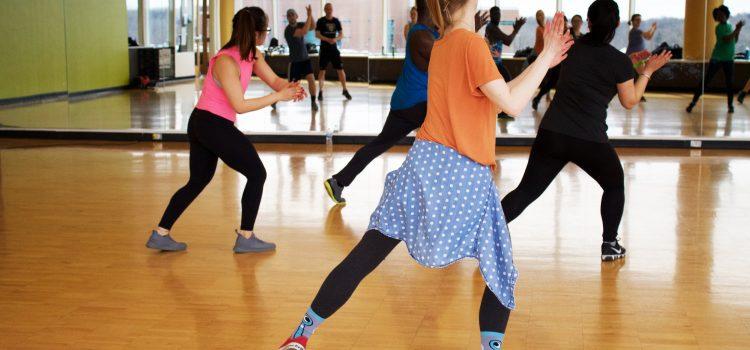 Taniec nie tylko dla par. Samotnie na zajęciach tanecznych? Dlaczego nie!