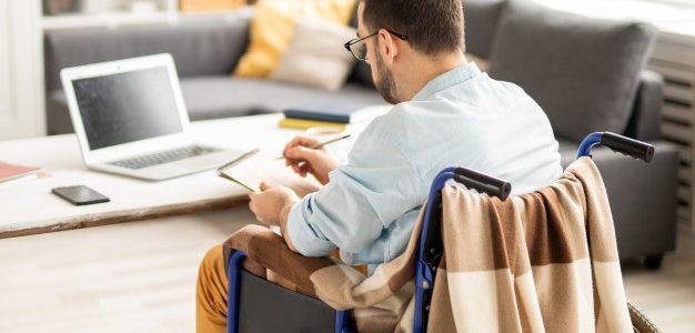 Poradnik dla pracodawców, którzy chcą zatrudniać osoby niepełnosprawne
